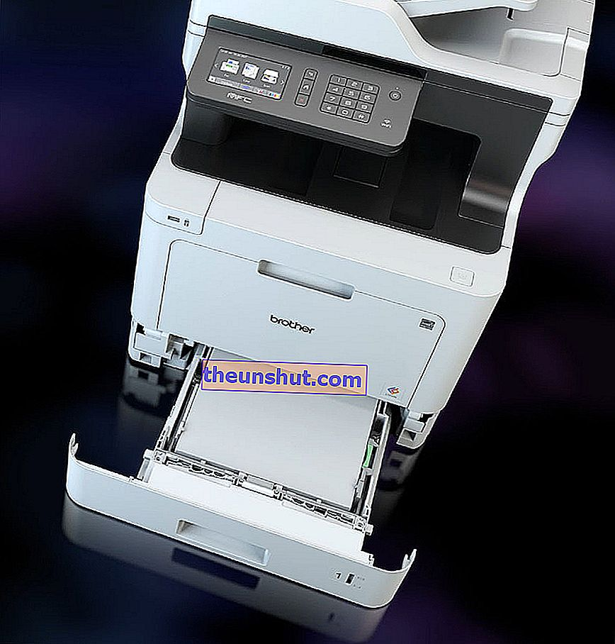 Brother MFC-L8690CDW-08