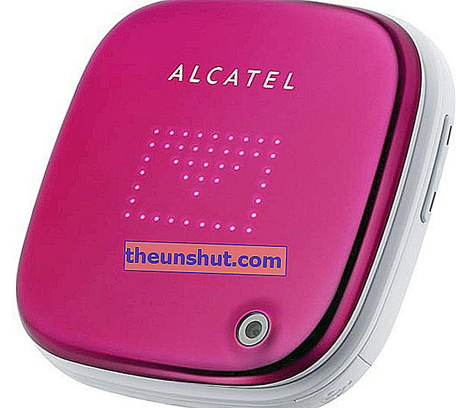 Alcatel OneTouch Glam 810 01